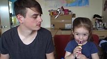 【拂菻坊】网红坊坊和萌萝莉外甥女边吃烧烤边聊大事