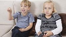 怎样才能让孩子不沉迷电视节目?