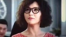 《决战食神》片段:唐嫣古灵精怪帅气救场
