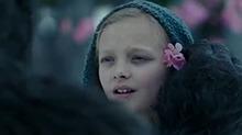 《猩球崛起3:终极之战》剧情版预告 凯撒回忆初遇人类女孩