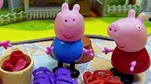 【<B>小猪</B><B>佩奇</B>玩具秀】<B>小猪</B><B>佩奇</B>和乔治穿妈妈高跟鞋