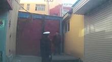 河北衡水:男子无证驾驶 遇交警撒腿就跑