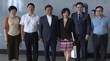 纪念中韩建交25周年 湖南举行王烈个人油画展