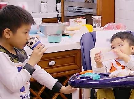妈妈是超人第三季第9期:安迪照顾安麟哥哥力Max 邓莎生病大麟子暖心照顾