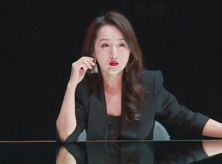 杨钰莹女神范十足