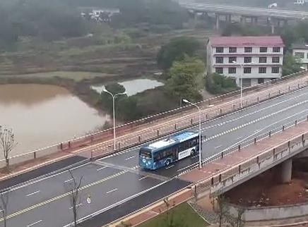 湖南湘江新区智慧公交测试中