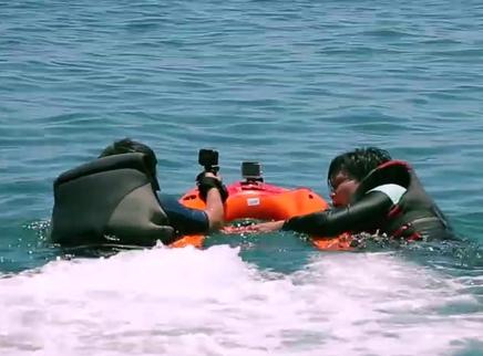 如何进行水上救援?