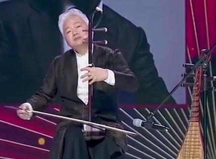 方锦龙老师带来独特的国乐课堂